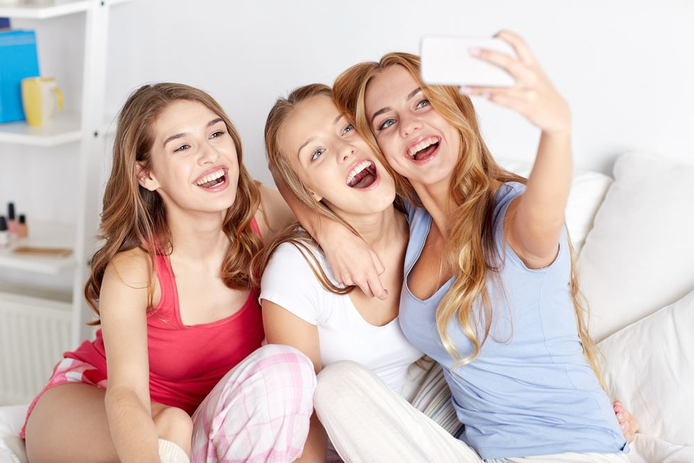 Free teen picture montreal