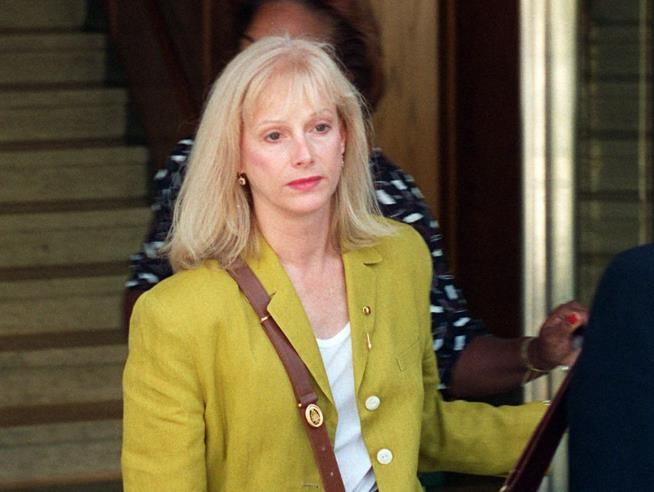 Sondra Locke, Oscar-nominated actress, dies at 74