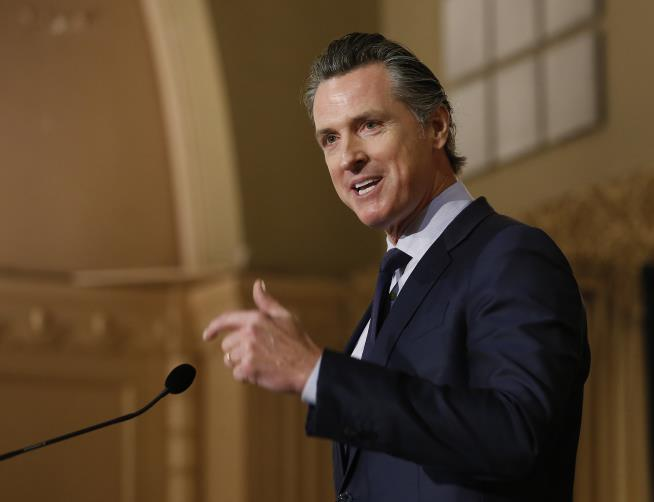 California Gov. Gavin Newsom Pulling National Guard From State's Border With Mexico