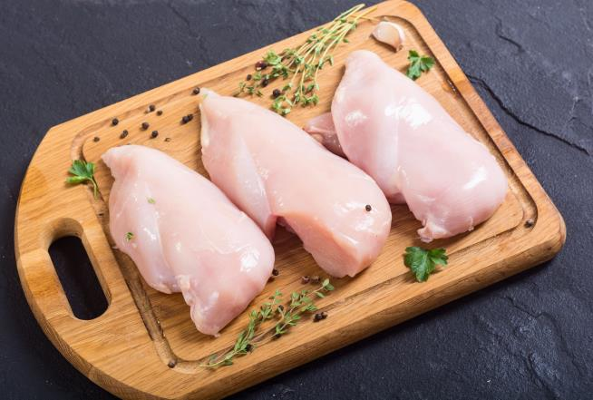 Poultry may raise bad cholesterol the same as red meat