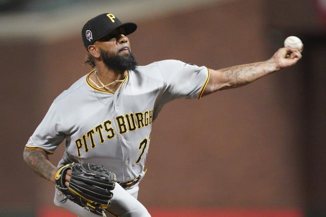 MLB All-Star Felipe Vazquez arrested for soliciting a child, pornography