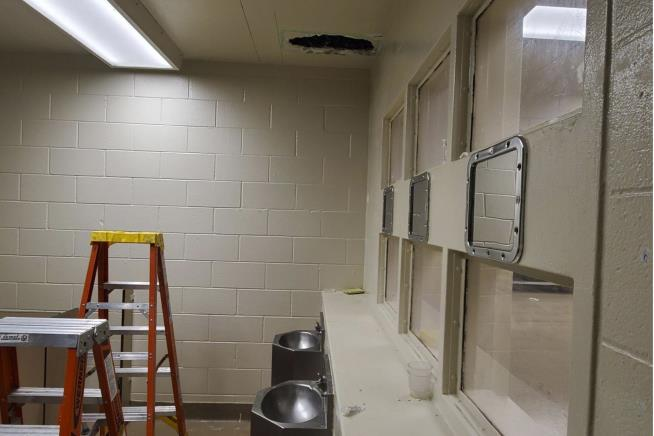 Murder suspects cut hole in jail's bathroom ceiling to escape, sheriff says