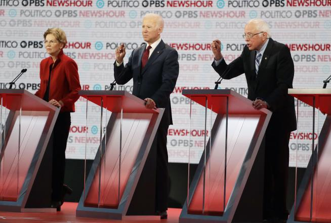 Nate Jackson: Warren Knifes Sanders Ahead of the Debate