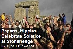 Thousands of Pagans, Hippies Celebrate Summer Solstice at Stonehenge