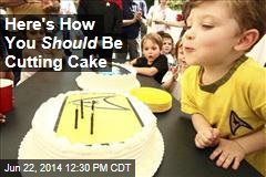 Here's How You Should Be Cutting Cake