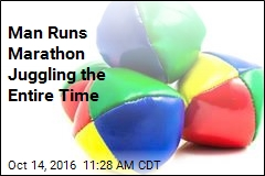 Man Runs Marathon Juggling the Entire Time
