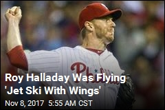 Roy Halladay's Widow 'Fought Hard' Against Pilot License