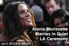 Alanis Morissette Marries in Quiet LA Ceremony
