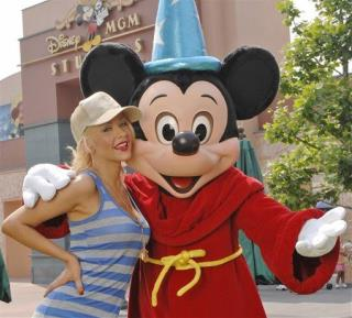 Christina Aguilera Flips Out at ... Mickey