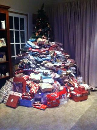 Mom Takes Flak For Buying Kids 300 Christmas Gifts