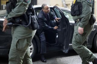 Police Driver in Freddie Gray Case Is Acquitted