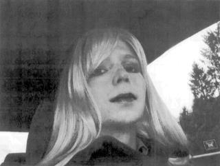 Chelsea Manning Lawyers Livid After She's Hospitalized