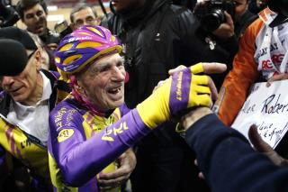 At 105, Cyclist Sets New Record