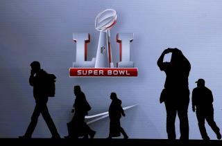 So Who's Going to Win the Super Bowl? | Newser Mobile