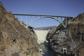Drunk Man Becomes First to Survive Hoover Dam Swim