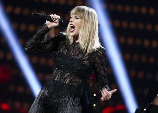 ACLU Blasts Swift's Attempt to Silence Critic