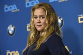 Amy Schumer Has Good Reason to Skip Hubby's Last Name