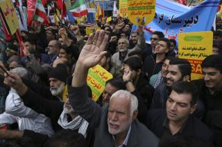 Iran Warns of 'War Situation' as Sanctions Resume