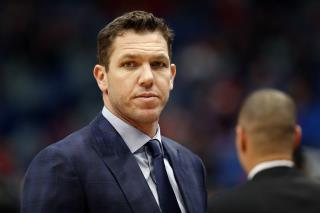 Reporter Accuses NBA Coach Walton of Sexual Assault