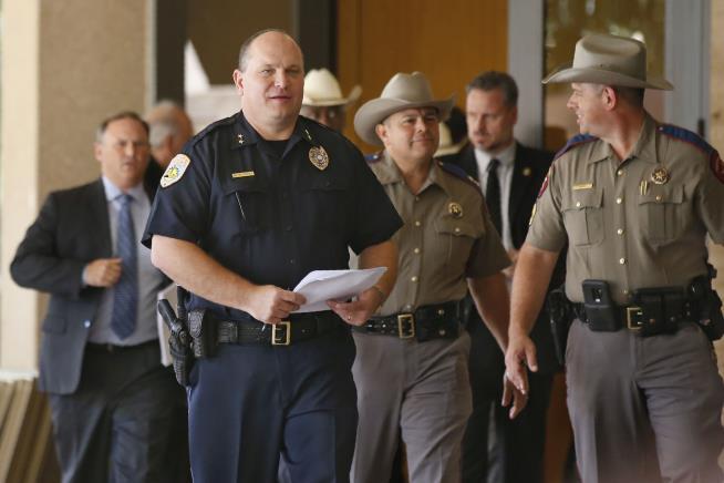 Police Say Texas Gunman Called 911 Before Shootings   Newser