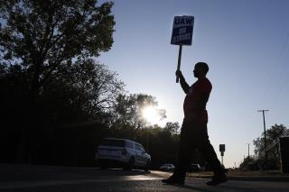 Tentative Deal Reached to End Auto Worker Strike