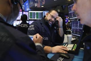 Stock Indexes Gain, a Day After Big Drop