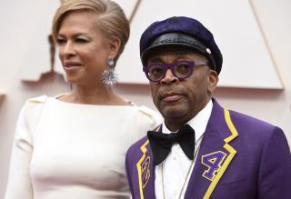 Spike Lee Apologizes for Backing Woody Allen