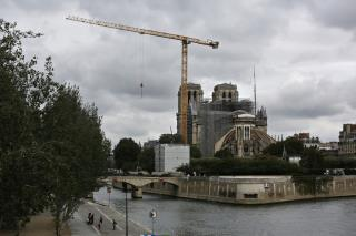 France Goes Old-School on Notre Dame Design