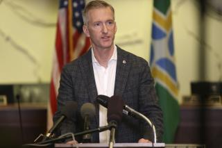 Portland Mayor to Police: I Pepper-Sprayed the Guy