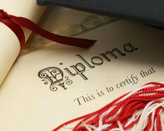 Valedictorian Denied Diploma for Saying 'Hell' in Speech