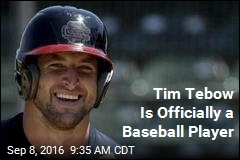 Tim Tebow Is Officially a Baseball Player