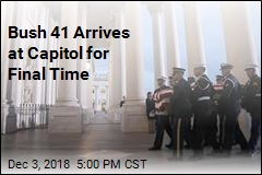 Bush 41 Arrives at Capitol for Final Time