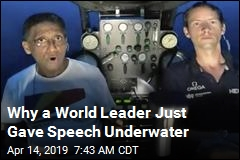 Seychelles President Gives Speech—Underwater