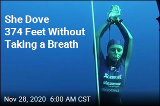 In Stunning World Record Dive, She Didn't Breathe for 4 Minutes