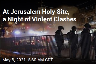 At Jerusalem Holy Site, a Night of Violent Clashes